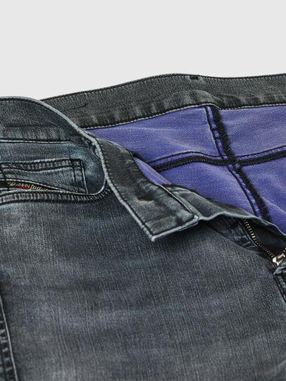 Diesel - D-Reeft JoggJeans® 069RD, Nero/Grigio scuro - Jeans - Image 4