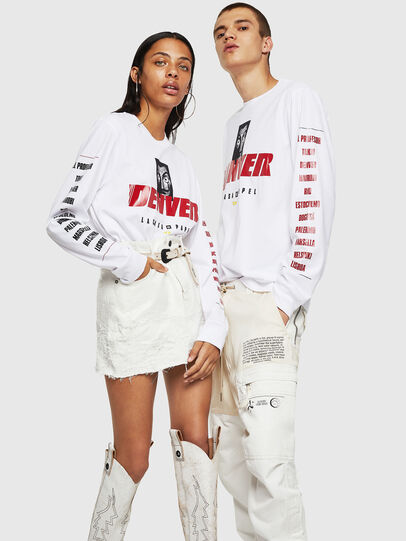 Diesel - LCP-T-JUST-LS-DENVER, Bianco - T-Shirts - Image 6