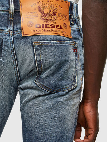 Diesel - D-Strukt 009NI, Blu medio - Jeans - Image 5