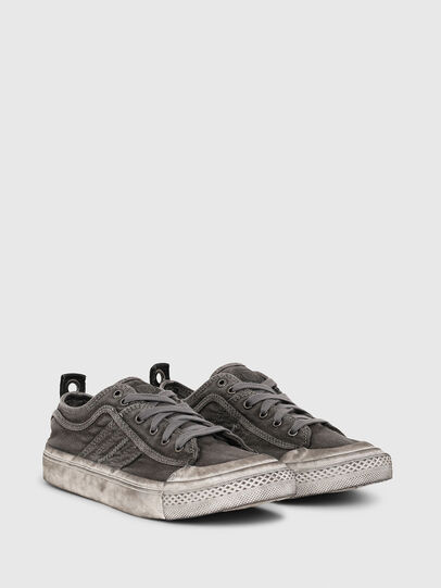 Diesel - S-ASTICO LOW LACE W, Grigio - Sneakers - Image 2