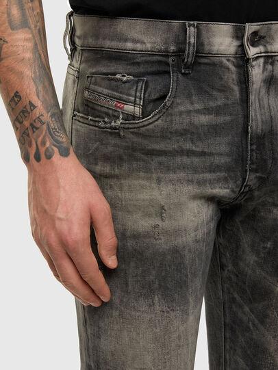 Diesel - D-Strukt 009EV, Nero/Grigio scuro - Jeans - Image 3