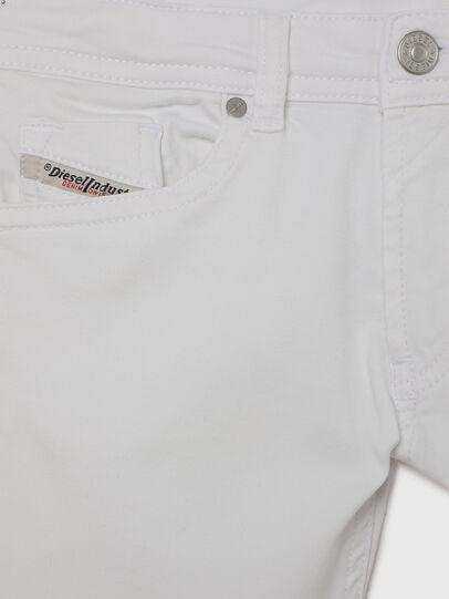 Diesel - THOMMER-J JOGGJEANS, Bianco - Jeans - Image 3