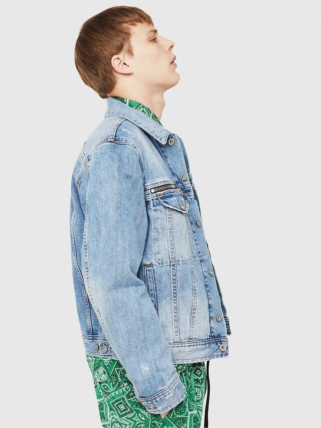 Diesel - D-ROY, Blu Jeans - Giacche in denim - Image 4