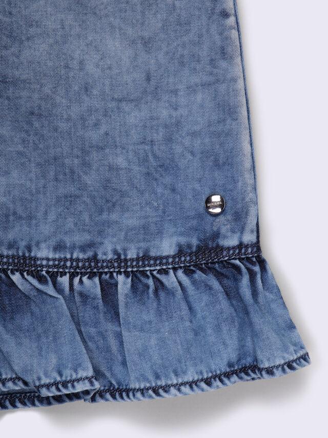 DOVIA, Blu Jeans
